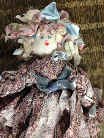 doll-with-easter-basket-m568-1424977226-jpg