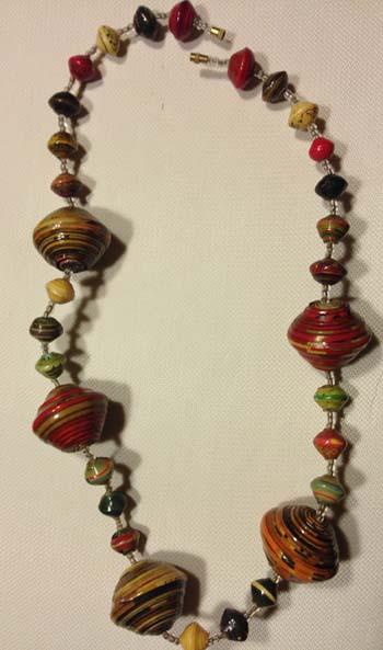 paper-bead-necklace-m825-1424191801-jpg