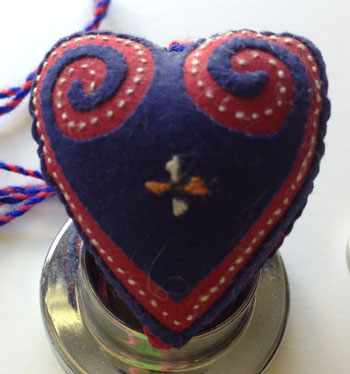 hmong-applique-heart-1433433936-jpg