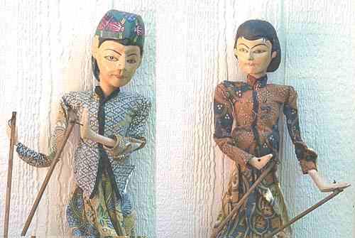 java-hand-puppets-1334189016-jpg