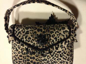 leopard-purse-pincushion-1423765044-jpg