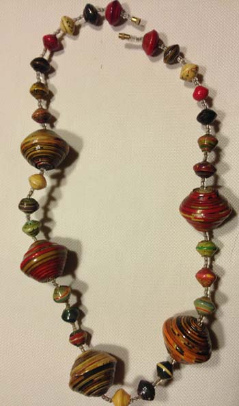 paper-bead-necklace-m825-1424191801-jpg